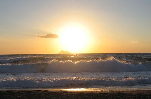Meereswellen Sonnenuntergang